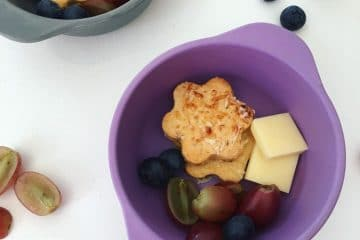 Kid friendly pizza flavoured crackers, perfect for snacks or the lunchbox and freezer friendly too.