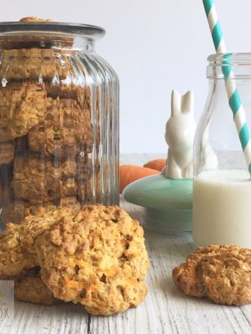 Carrot Oat Cookies are a delicious way to get some extra vegetables in the lunchbox.