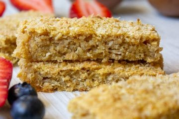 Sugar Free Tropical Breakfast Bars are perfect for breakfasts on the run or fantastic for school lunches or baby led weaning. Nut free, dairy free and egg free.