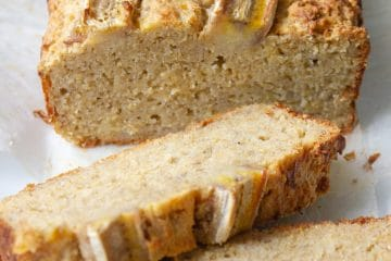 This sugar free Healthy Banana Bread is sweetened only with fruit. It tastes sensational and is fantastic for a healthier baked option in school lunches for snacks or even breakfast!