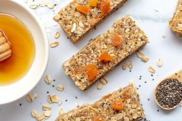 Picture of Apricot Chia Muesli Bars with little pottle of honey